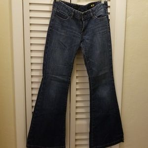 Express sz 6 Fit and Flare Jean